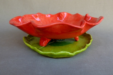 side view of colander with plate