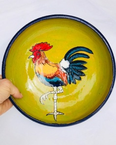 Rooster dish, light wieght